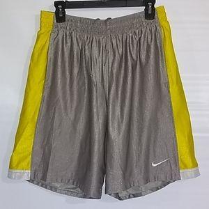 Nike Basketball Shorts Size L